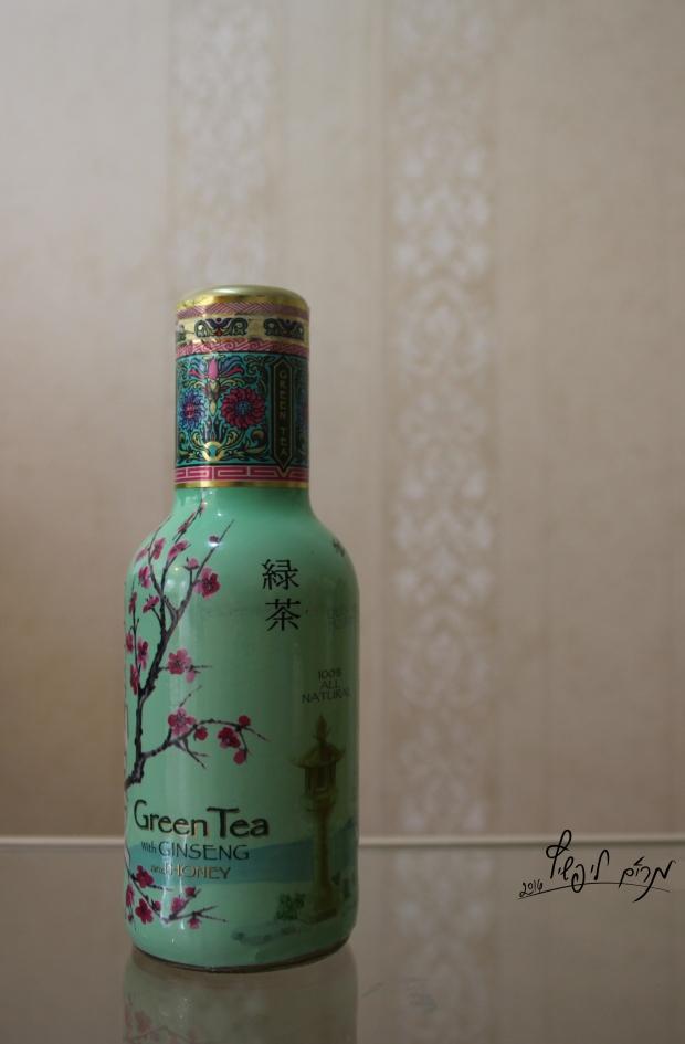 תה בעיצוב אמנות יפנית